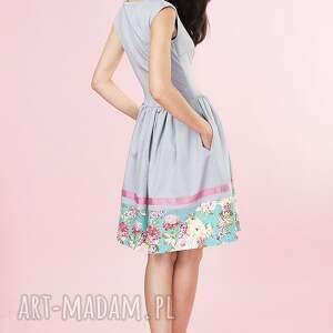 szare sukienki sukienka rozkloszowana w kwiaty