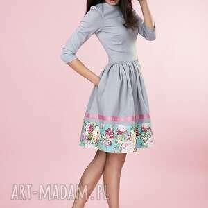 eleganckie sukienki sukienka rozkloszowana kwiaty