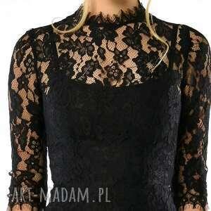 sukienki koronkowa sława to sukienka z pięknej, czarnej koronki
