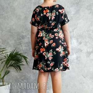 czarne sukienki sukienka czarna w kwiaty