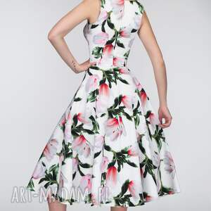sukienki kwiaty sukienka dora midi pralinka