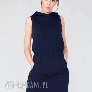 modne sukienki sukienka dresowa z kapturem t133