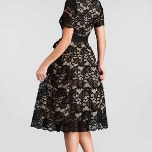 ręcznie wykonane sukienki koronkowa sukienka fiona midi koronka czarna