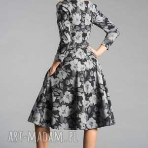 rozkloszowana sukienki sukienka fler midi dafne