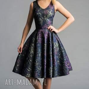 sukienki roszkloszowana sukienka gina (koło) midi tiara