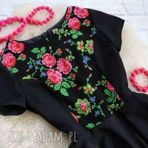 atrakcyjne sukienki sukienka góralskie kwiaty folk