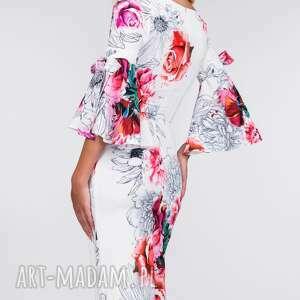 sukienki dopasowana sukienka ina midi delicja