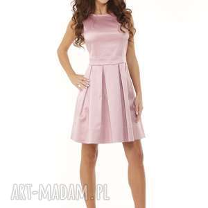 niebanalne sukienki elegancka sukienka kontrafałda kolor brudny