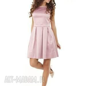 niebanalne sukienki sukienka sylwestrowa kontrafałda kolor brudny