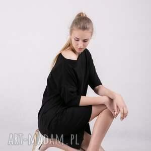 sukienki t shirt sukienka kristal w kolorze czerni
