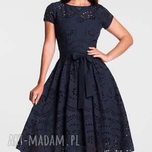 niebieskie sukienki sukienka marie midi haft richelieu