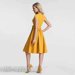 pomarańczowe sukienki wiązanka sukienka marie midi miodowy