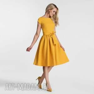 eleganckie sukienki wiązanka sukienka marie midi miodowy