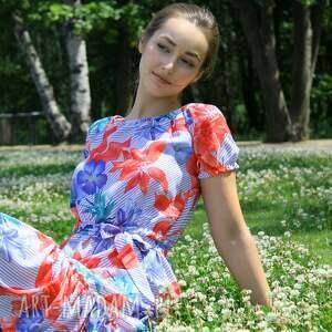 sukienki sukienka-w-kwiaty sukienka marita w tropikalny