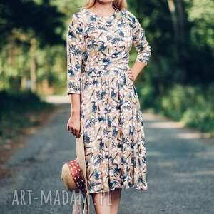 frapujące sukienki sukienka midi z wzorem w kwiaty