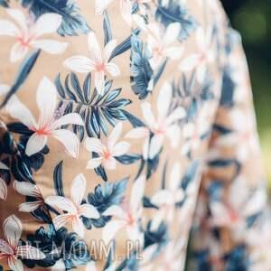 frapujące sukienki midi sukienka z wzorem w kwiaty