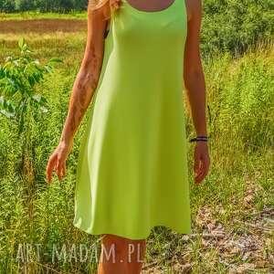 eleganckie sukienki zwiewna sukienka neon dress pistacjowa