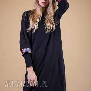 atrakcyjne sukienki sukienka oversize expressive
