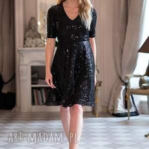 intrygujące sukienki karnawał sukienka paris