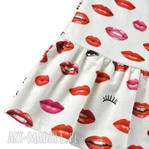 modne sukienki bawełna sukienka wykonana ze 100% bawełny. klasyczny