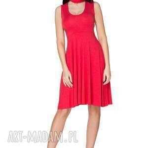 sukienki rozkloszowana sukienka wiązana na