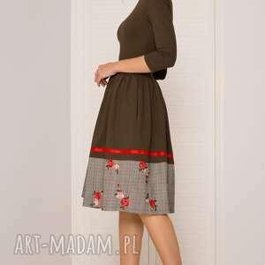sukienki haft sukienka rozkloszowana khaki