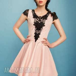 sukienki studniówka sukienka rozkloszowana z czarną