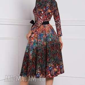 kolorowe sukienki sukienka na jesień sabina midi celestia