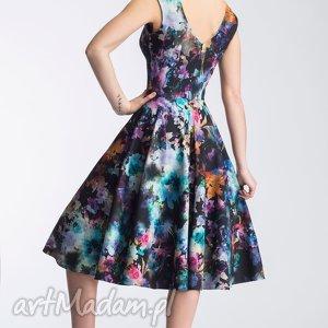 koło sukienki sukienka scarlett midi azalia