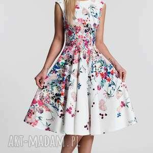 białe sukienki kwiaty sukienka scarlett midi otylia
