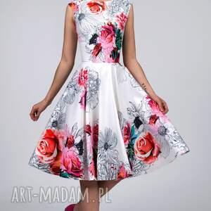 białe sukienki rozkloszowana sukienka scarlett midi delicja