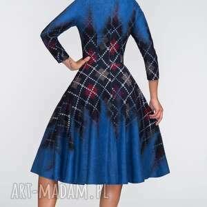 sukienki koło sukienka star 3/4 midi roxana 2