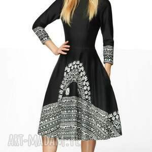 cc28ddef4e niebanalne sukienki - sukienka star 3 4 midi aztecka czarna