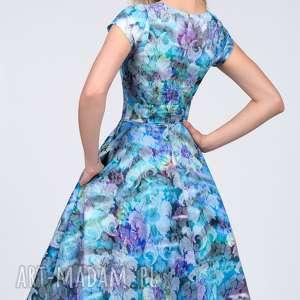 sukienki rozkloszowana sukienka star midi markiza