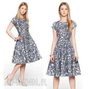 wiosenna sukienki sukienka star midi klaudia