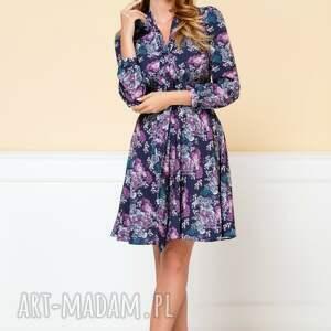 rozkloszowana sukienki sukienka stella granatowa w kwiaty