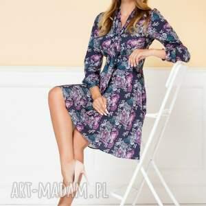 sukienki rozkloszowana-sukien sukienka stella granatowa w kwiaty