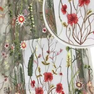 haftowana sukienki sukienka tiulowa z haftowaną