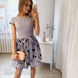 haftowana-sukienka sukienki sukienka w paski haftowane kwiaty