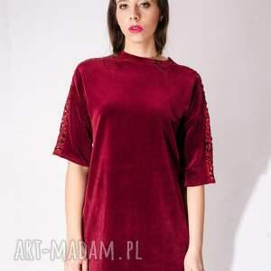 frapujące sukienki aksamit sukienka z bordowego weluru