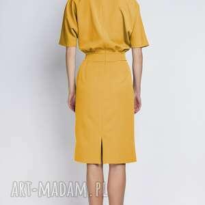 frapujące sukienki sukienka z dopasowanym dołem
