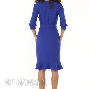 intrygujące sukienki modna sukienka z dziubkiem i falbaną