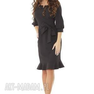 modna sukienka sukienki z dziubkiem i falbaną