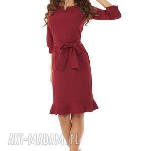 modna-sukienka sukienki sukienka z dziubkiem i falbaną