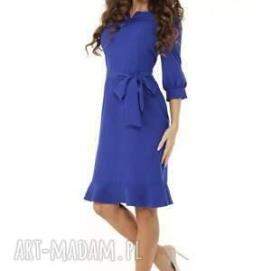 sukienki modna sukienka z dziubkiem i falbaną