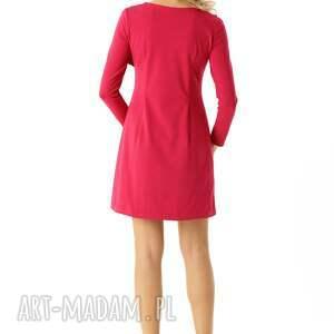 sukienki elegancka sukienka z falbanką przy dekolcie