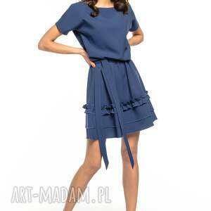 intrygujące sukienki elegancka sukienka z ozdobną falbanką