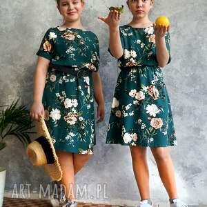 efektowne sukienki sukienka zielona w kwiaty