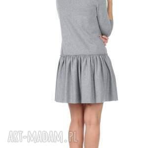 intrygujące sukienki sukienka szara z falbaną