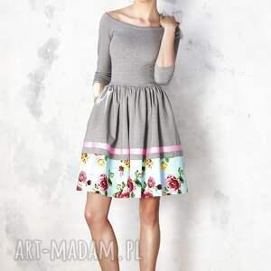 sukienki midi szara sukienka hiszpanka z kwiatową
